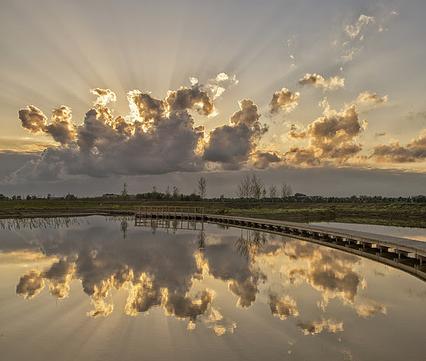Zonsondergang in de Zuidpolder, foto: Jan-Jacob Luijendijk