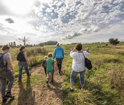 Omwonenden van de Kleine Willemswaard genieten van het nieuwe natuurgebied. Bron: Emmie Nuijen
