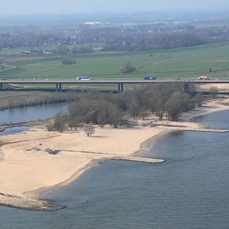Ewijkse Plaat luchtfoto Ewijk Beuningen