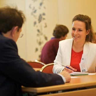Delta Talent student in gesprek met expert