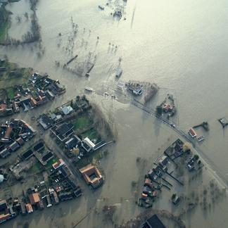 Hoogwater Roosteren 1993 Beeldbank Rijkswaterstaat