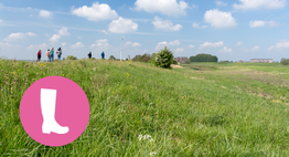 Wandelaars in Kleine Willemswaard