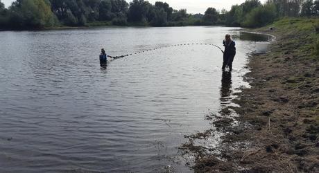 Visonderzoek in de Oude Waal bij Nijmegen