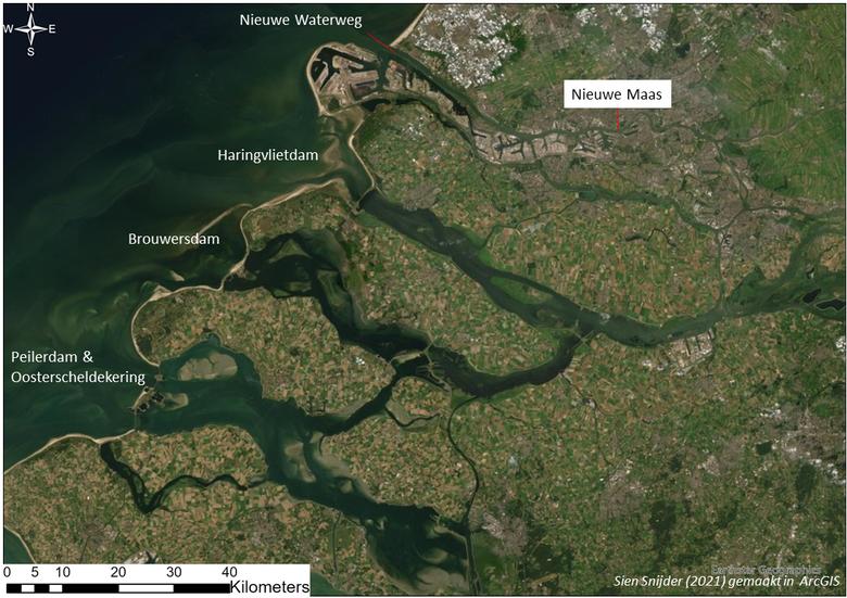 Overzicht van de (deels gesloten) zeearmen van de Rijn-Maasdelta