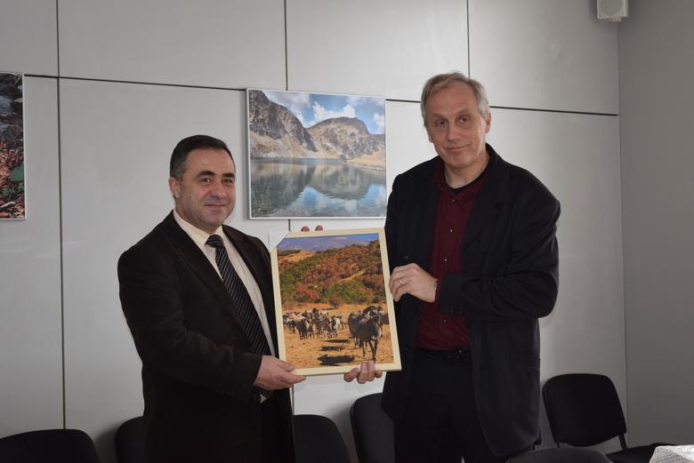 Krasimir Zhivkov, de Bulgaarse onderminister van Milieu en Water en Frank Zanderink